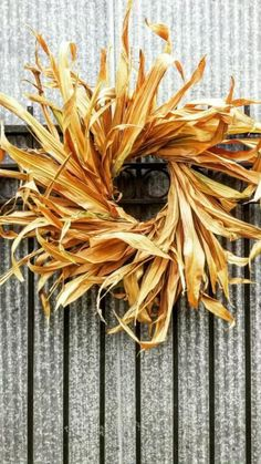 Easy Fall Wreaths, How To Make Wreaths, Winter Wreaths, Spring Wreaths, Summer Wreath, Holiday Wreaths, Holiday Ideas, Holiday Decor, Corn Stalk Decor