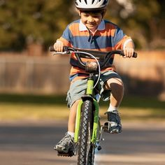 Who can ride longer on the line drawn? Have fun cycling with your child and see who is the winner.