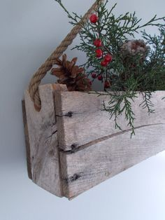 Ideas kitchen window herbs flower boxes for 2019 Pallet Boxes, Pallet Crates, Pallet Art, Wood Pallets, Christmas Crafts, Christmas Decorations, Holiday Decor, Wood Projects, Projects To Try
