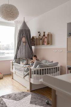 Our nursery and 5 tips for more atmosphere - Kinderzimmer - Babyzimmer Baby Bedroom, Baby Boy Rooms, Little Girl Rooms, Baby Room Decor, Girls Bedroom, Kids Bedroom Dream, Kid Bedrooms, Room Interior Design, Kid Spaces