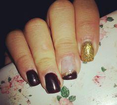 Plum gold nail art
