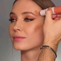 Makeup Goals, Makeup Inspo, Liver Detoxification, Huda Beauty Makeup, Aroma Diffuser, Dimples, Hair And Nails, Aromatherapy, Make Up