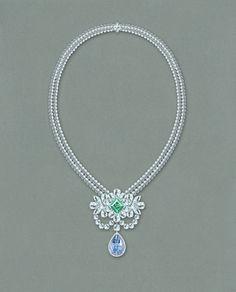 The final result of the @graffdiamonds Le Collier Bleu de Reve Fancy Vivid Blue Internally Flawless Diamond...
