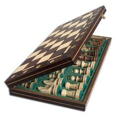 Antique Chess set. Very nice craftsmanship.