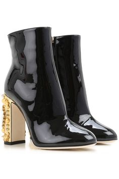 1400 Buy Dolce and Gabbana Shoes for Women online now. The widest selection of shoes and Sneakers is here.