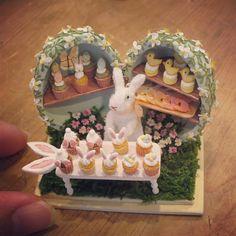 🐇Happy easter🥚cupcakeshop    うさぎ🐇のカップケーキ屋さん💕  いらっしゃいませ〜😆 #handmade#miniature#dollhouse#easter#easteregg#rabbit#cake#cupcakes#sweets#cookies#miniaturefood#ハンドメイド#ミニチュア#ミニチュアフード#ドールハウス#イースター#イースターエッグ#うさぎ#スウィーツ#カップケーキ#ケーキ#ケーキ屋さん#いらっしゃいませ#ヤフオク#ヤフオク出品中
