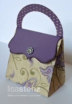 This purse was created by Lisa Stenz using our CTMH Cricut Art Philosophy Cartridge.