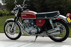 Vintage Motorcycles Honda 750 Four Honda Cb750, Motos Honda, Honda Bikes, Honda Motorcycles, Ducati, Yamaha, Honda Motorbikes, Small Motorcycles, Vintage Bikes