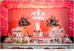 Olívia | festa 1 ano | apresentando a princesa da casa | http://www.maykolnack.com.br/blog