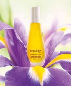 2002 – The iconic anti-ageing Aromessence™ Iris is launched.