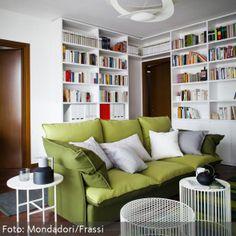 Couchtische aus Draht lockern die Einrichtung durch ihr Aussehen kreativ auf und ersetzen einen normalen Wohnzimmertisch. - mehr Ideen auf www.roomido.com
