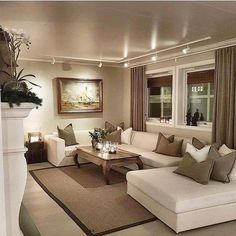 34 cozy small living room decor ideas for your apartment 5 Apartment Living Room apartment Cozy Decor ideas living room small Beige Living Rooms, Elegant Living Room, Small Living Rooms, Living Room Modern, Living Room Interior, Home Living Room, Living Room Designs, Living Room Decor, Dining Room