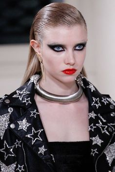 See detail photos for Saint Laurent Fall 2016 Ready-to-Wear collection.