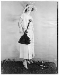 Click to Close 1920s Fashion Photography, 1920s Jazz, Jean Patou, Art Deco, Fashion History, Yves Saint Laurent, White Dress, Style Inspiration, Sexy