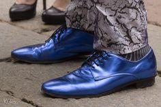 A blue shoes