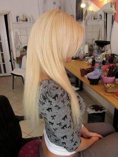 Idée Couleur & Coiffure Femme 2017/ 2018 :    Description   Love this blonde    - #Coiffure https://madame.tn/beaute/coiffure/idee-couleur-coiffure-femme-2017-2018-love-this-blonde/
