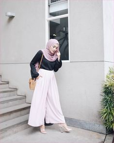 Hijab Casual, Simple Hijab, Ootd Hijab, Hijab Chic, Casual Outfits, Fashion Outfits, Hijab Fashion Casual, Fashion Heels, Fashion Fashion