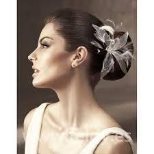 tocados de novia Peinados De Moda fcb350edb57