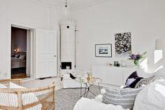 Un apartamento con esp�ritu blanco y detalles invernales