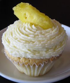 Pineapple Cupcakes - with fresh pineapple in the cake and the frosting
