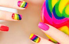 Diseños de uñas fáciles de hacer, , y a partir de ahí crea tus propios diseños de uñas juvenil. Join to CLUB! #uñas #nailsCLUB #uñasconbrillos