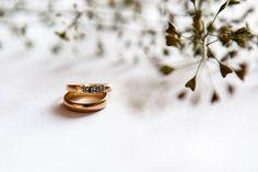Nosicie po ślubie oba pierścionki? :) :) #detaleslubne #slubne #doslubu #slub #wedding #rings #weddingrings #photo #weddingphoto