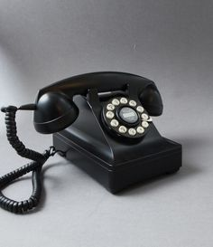 BAKELITE TELEPHONE | Black