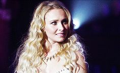 Hayden Panettiere Gif Hunt Under the cut are 339 Mostly HQ Textless gifs of Hayden Panettiere. Hero Tv Show, Nashville Tv Show, Nathan Scott, Hayden Panettiere, High School Sweethearts, Movie Tv, Tv Shows, Oc, Boards