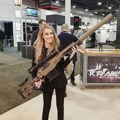 carrying around those big guns! Any guess on caliber? Military Weapons, Weapons Guns, Guns And Ammo, Big Guns, Cool Guns, Armas Wallpaper, Military Girl, Hunting Rifles, Armada