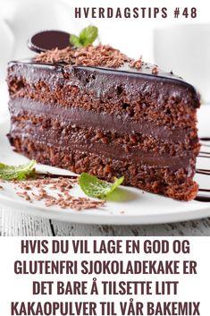 Hverdagstips #48: Du kan lage en nydelig og glutenfri sjokoladekake ved å tilsette kakaopulver til Sunnere Bakemix | Gode hverdagstips fra Funksjonell Mat til deg Gluten, Baking, Desserts, Food, Tailgate Desserts, Deserts, Bakken, Essen, Postres