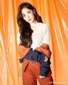 Sandara x Penshoppe 2ne1 Minzy, 2ne1 Dara, The Band, Kpop Girl Groups, Kpop Girls, Sandara 2ne1, Penshoppe, Jiyong, Korean Actresses