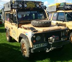 Land Rover Ninety 2.5 Diesel LHD Station Wagon Very rare Camel Trophy Dutch Team Vehicle.