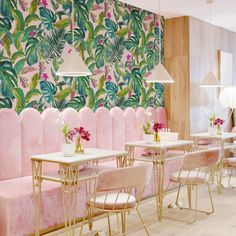 Bright Pink Exotic Removable Wallpaper, Palm Springs Wall Print Art, Jungle Peel and Stick & Traditional material - wood design Interior Rugs, Restaurant Interior Design, Interior Decorating, Palm Springs Interior Design, Room Interior, Interior Garden, Scandinavian Interior, Do It Yourself Design, Do It Yourself Home