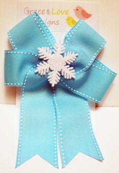 Snowflake hair bow
