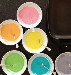 Tips on how to make the Perfect Rainbow Pancakes! Rainbow Pancakes, My Favorite Food, Favorite Recipes, Wine Recipes, Cooking Recipes, I Am Baker, Bread And Pastries, Wine Drinks, Diy Food