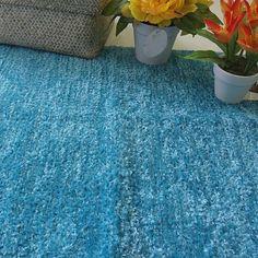 La alfombra bonita y práctica para todo uso... por los dos lados, porque es reversible.