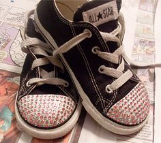 How to bling up Converse tennis shoes using Gem Tac or E600 glue.