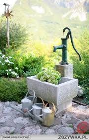 Znalezione obrazy dla zapytania studnia w ogrodzie