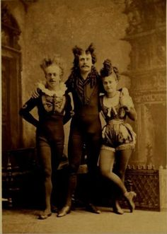 Love them crazy circus people!