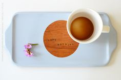 Upcycle an old tray with some paint. Tutorial with easy step by step pictures