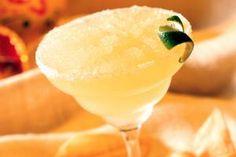 Over 40 Easy Flavored Margaritas to Explore: Peach Margarita