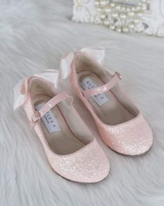 First Communion Shoes, Blush Pink Shoes, Flower Girl Shoes, Flower Girls, Glitter Heels, Pink Glitter, Glitter Glue, Glitter Fabric, Twin Baby Girls