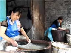 Silk Production by Spring Silkworm Mulberry Silk Duvets Suzhou 春蚕蚕丝被专卖店 - YouTube
