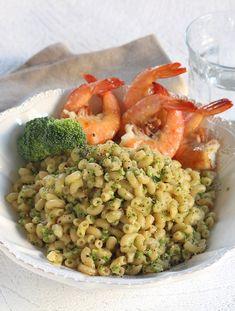 Un risotto revisité aux coquillettes avec crevettes et brocolis.