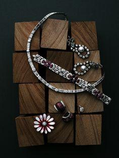 Matrix Opal Jewelry fine jewelry still life. Jewelry Ads, Jewelry Quotes, Cute Jewelry, Modern Jewelry, Photo Jewelry, Jewelry Shop, Handmade Jewelry, Fashion Jewelry, Jewelry Design