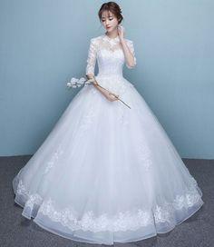 Không mô tả, đọc rồi biết :3 #lãngmạn # Lãng Mạn # amreading # books # wattpad Dream Wedding Dresses, Bridal Dresses, Wedding Gowns, Flower Girl Dresses, Set Fashion, Fashion Dresses, Pretty Dresses, Beautiful Dresses, Quinceanera Dresses