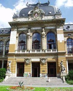 hotel wilhelm josef karlovy vary | subir arriba Classical Architecture, Czech Republic, Europe, Mansions, Country, House Styles, Raspberry, Travel, Prague
