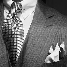 WIWT MTM light grey herringbone 3-piece suit by Ralph Lauren, MTM Van Laack shirt with collarbar, tie & pocket square by Tom Ford
