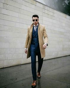 Classy Blake Scott 😍 Rate this outfit 1-10 and tag your friends ! . #fashion#fashionblogger#ootd#style#styles#streetstyle#streetwear#streetfashion#trend#photooftheday#picoftheday#menswear#menfashion#sunglasses#beard#photo#cool#instamood#watch#accesories#simple#beauty#handsome#white#shopping#stylish#shoes#lifestyle#love#model