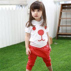 Cungmua - Bộ đồ hình thú đáng yêu cho bé dạo phố xuân – Thiết kế đáng yêu, xinh xắn với chiếc áo hình thú ngộ nghĩnh khiến bé thêm dễ thương, xinh tươi khi cùng ba mẹ xuống phố đón xuân. Chỉ 99.000đ cho trị giá 190.000đ.